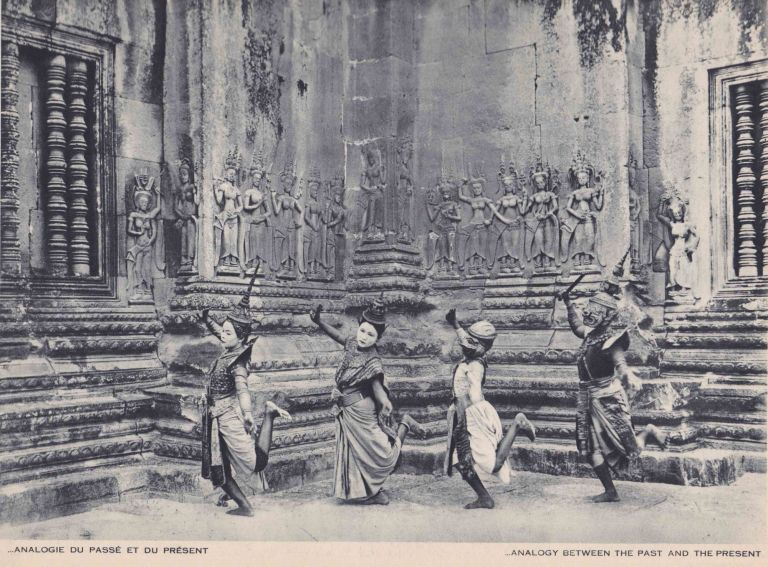 Danses d'Indochine; The Dances of Indo-China. Raymond COGNIAT.